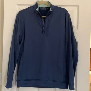 Vineyard Vines 3/4 zip with pocket! Small!